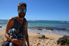 Kadin with the turtle