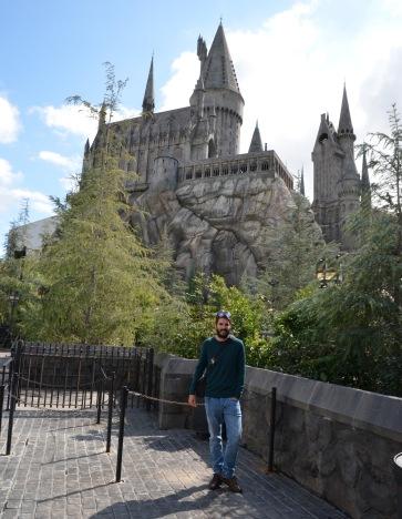 Kadin outside Hogwarts