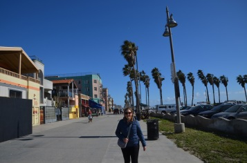Start of Venice Beach Walk (before the people)
