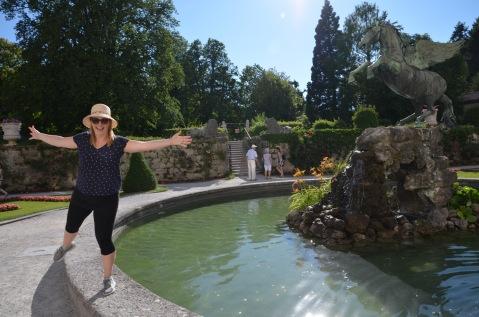 Dancing around the fountain
