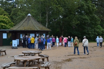 Queue for Sandringham