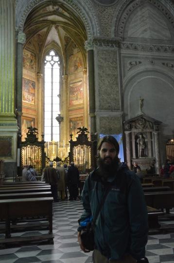 Kadin in Church