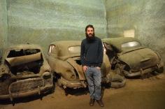 Kadin and the cars