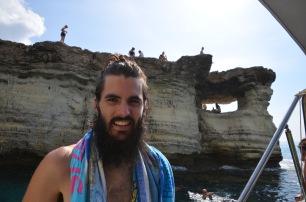 Kadin at the caves